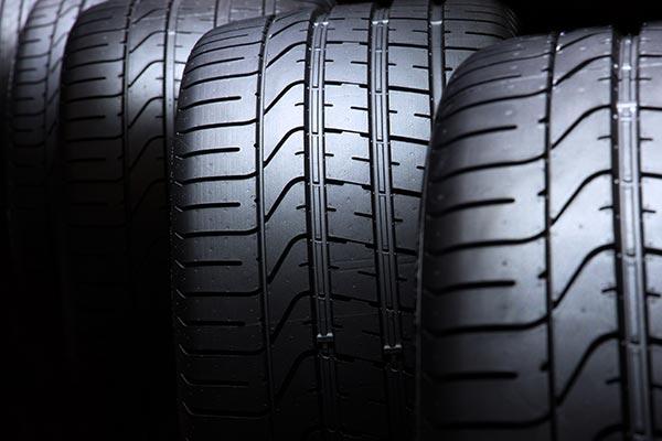 Auto-Reifen Versand